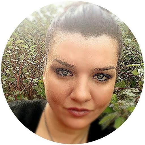 user Tara Jones apkdeer profile image