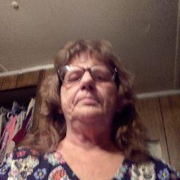 user Debra Sides apkdeer profile image