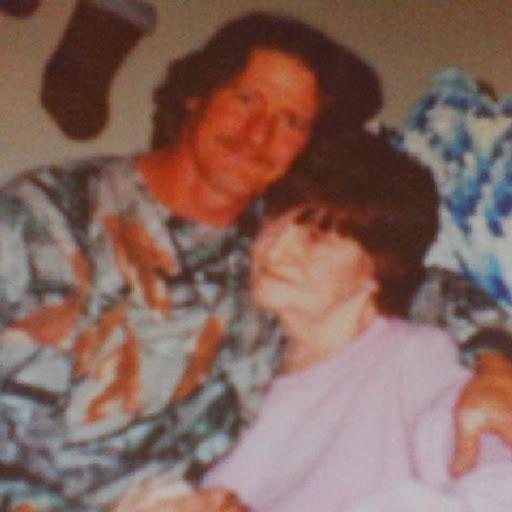 user Wayne Carothers apkdeer profile image