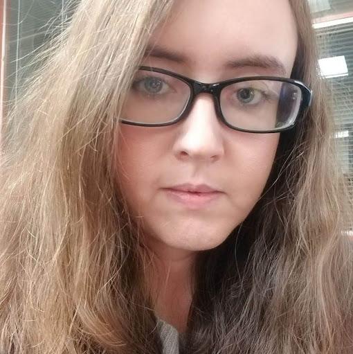 user Catherine Tobin apkdeer profile image