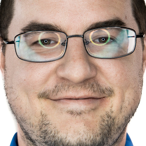 user Alan Ott Jr apkdeer profile image