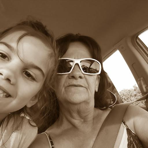 user Debra Mayes apkdeer profile image