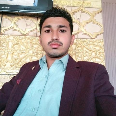 user Kashif Manzoor apkdeer profile image