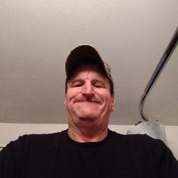 user Robert Ward apkdeer profile image