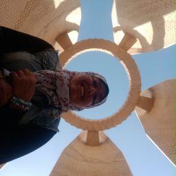 Nada Helmy's avatar