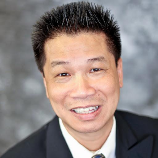 user Johnny L apkdeer profile image