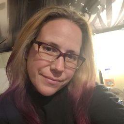 user Heather Marie apkdeer profile image