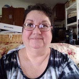 user Jane Ward apkdeer profile image