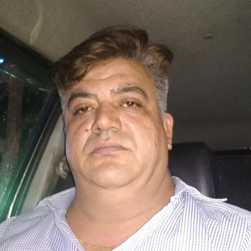 user Ajay Narang apkdeer profile image