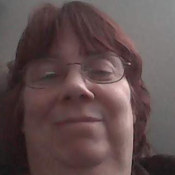 user Marlene Butcher apkdeer profile image