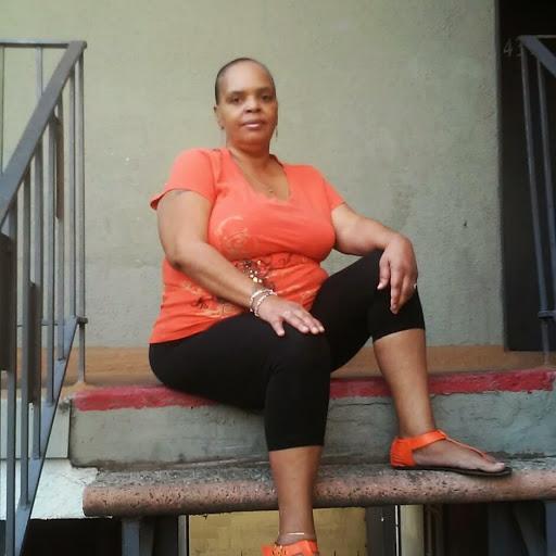user Crystal Bradley apkdeer profile image