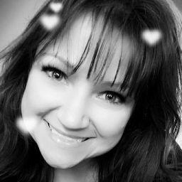 user Danielle Freeman apkdeer profile image