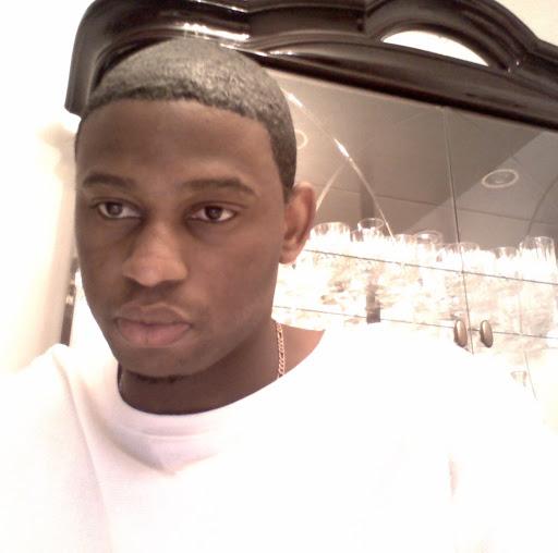 user Winston Williams apkdeer profile image