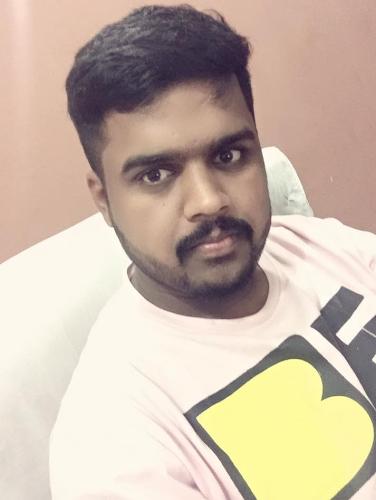 user Muhammad Umar Bashir apkdeer profile image
