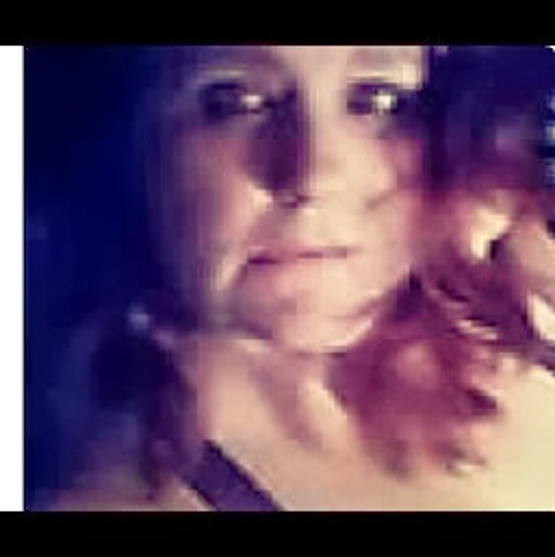 user Val Jones apkdeer profile image