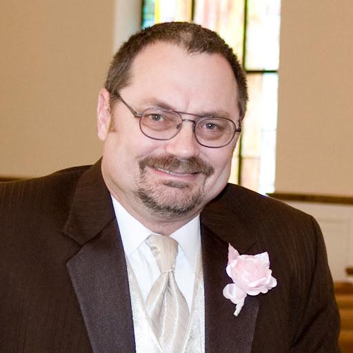 user Larry Mofield apkdeer profile image