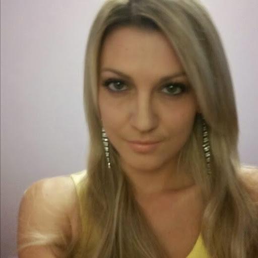 user Irina Nap apkdeer profile image