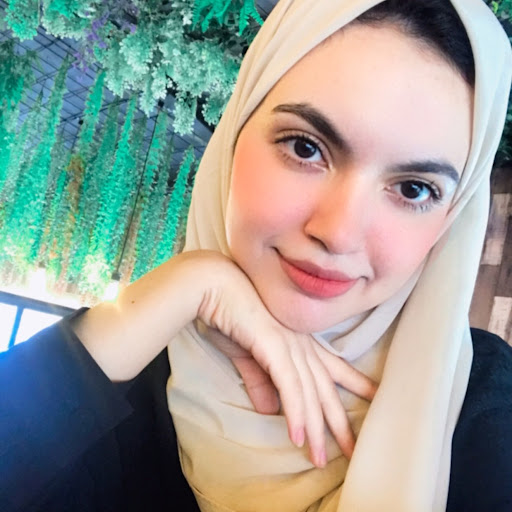 user Zahraa Alhusainy apkdeer profile image