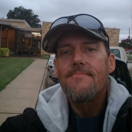 user Christopher Williams apkdeer profile image