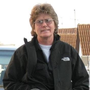 user Carla Harper apkdeer profile image