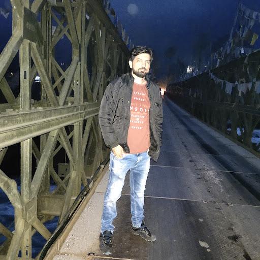Dinesh Vidhani