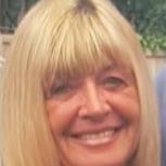 user Denise Darkin apkdeer profile image