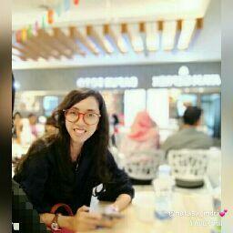 Indri Natasa picture