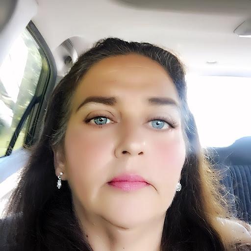 user Ann Dearman apkdeer profile image