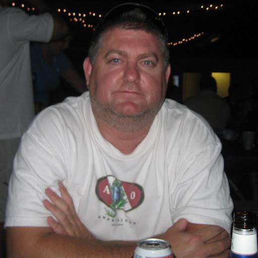 user Shane DeWitt apkdeer profile image