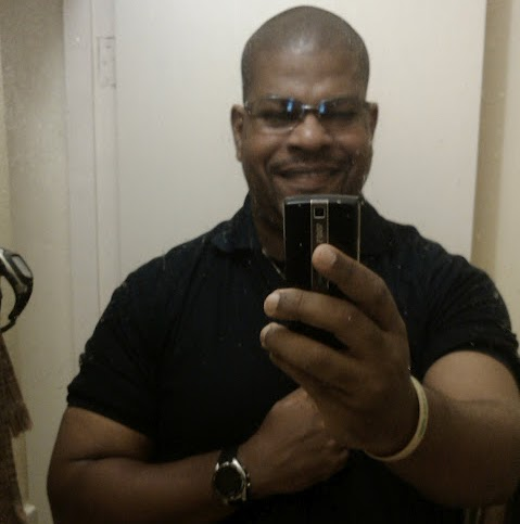 user Thomas Muriel apkdeer profile image