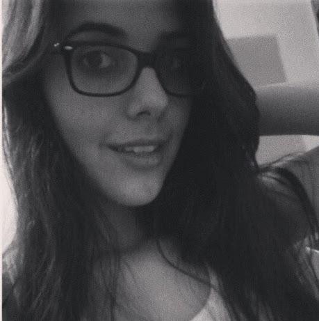 Juliane Ruiz picture