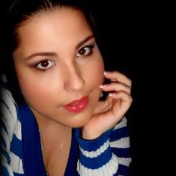 user Corrine Falcon apkdeer profile image