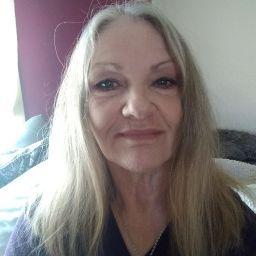user Dell Bates apkdeer profile image
