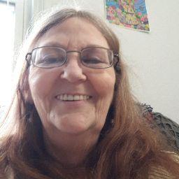 user Sharon Bradford apkdeer profile image