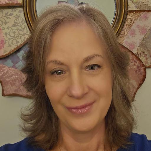 user Kristen Schultz apkdeer profile image