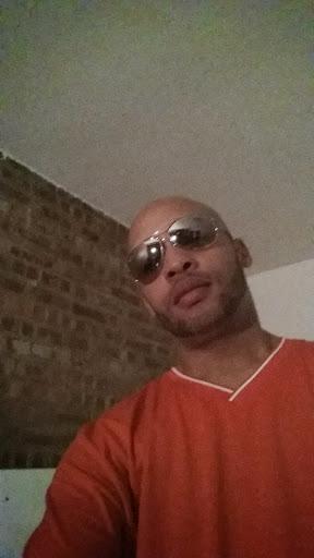 user Ruben Reynolds apkdeer profile image