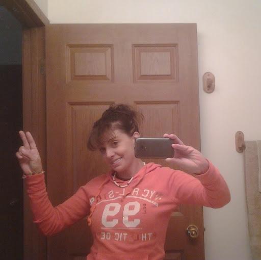 user Sandra Dilts-moore apkdeer profile image