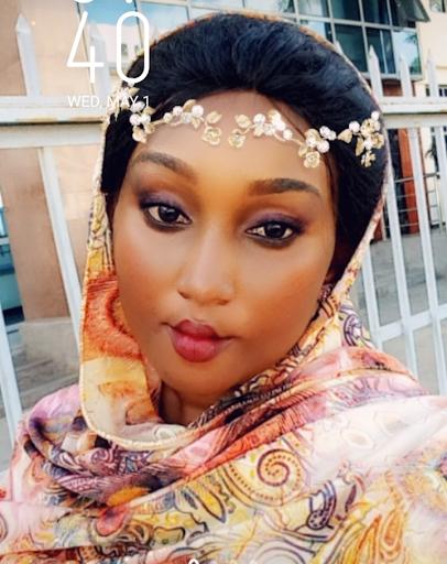 user Maryam Sakhera apkdeer profile image