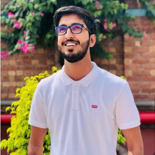 user waqar anwar apkdeer profile image