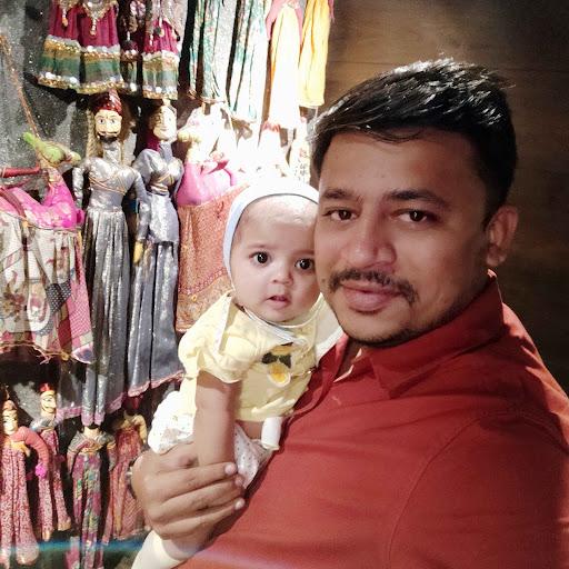 user Hardik K Shah apkdeer profile image