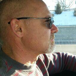 user Roy Dooley apkdeer profile image