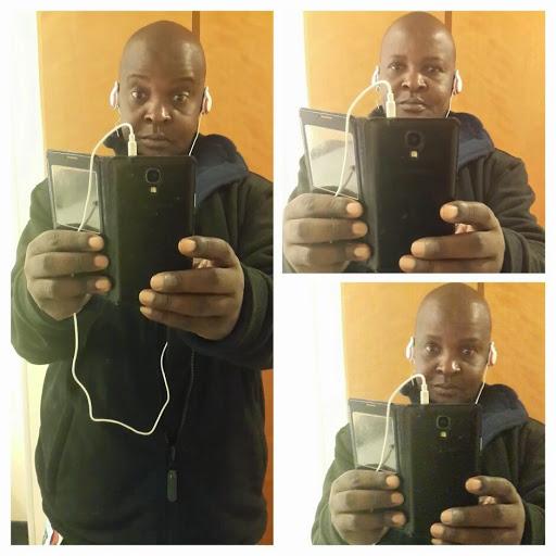 user Joseph Ayatta apkdeer profile image