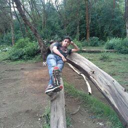 user vikram iyer apkdeer profile image