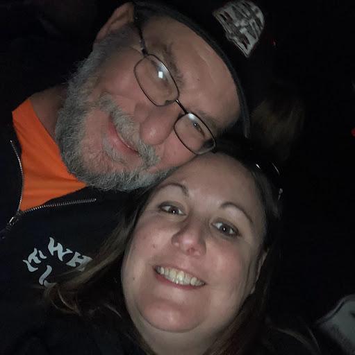 user Lacey Eshleman apkdeer profile image