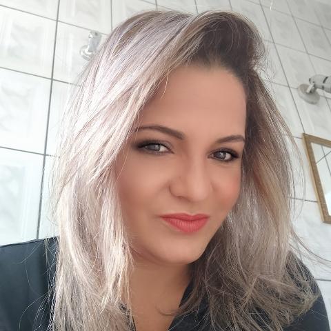 Luciana Alves Alves