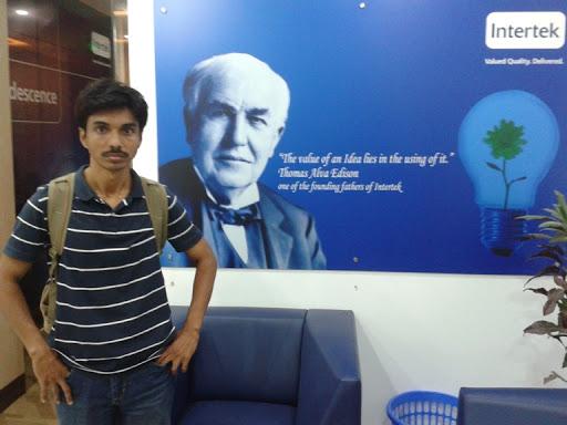 user Hasan Morshed apkdeer profile image
