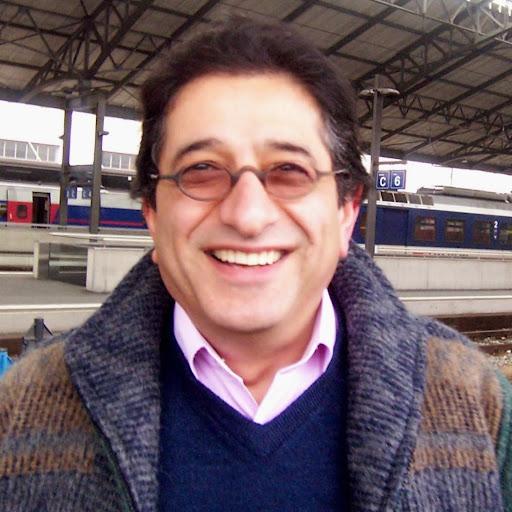 user Mehrtash Azami apkdeer profile image
