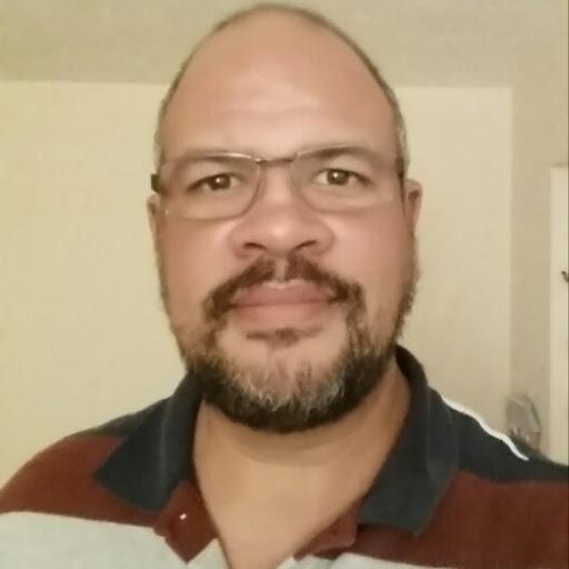 user Ross Taylor apkdeer profile image