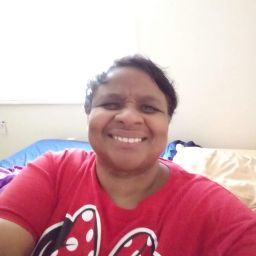 user penny comeaux apkdeer profile image