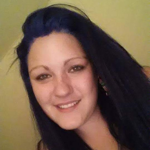 user Cassandra Cook apkdeer profile image